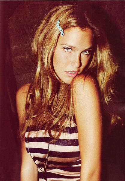 bar-refaeli-gq-magazine-italy-june-2